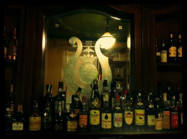 cafè de l'òpera alcohol i escut bcn